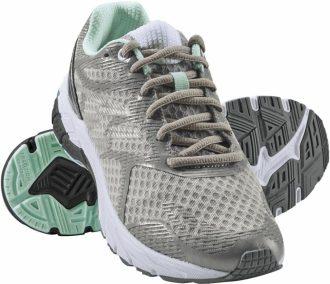 Ukázka produktu ve srovnání běžeckých bot