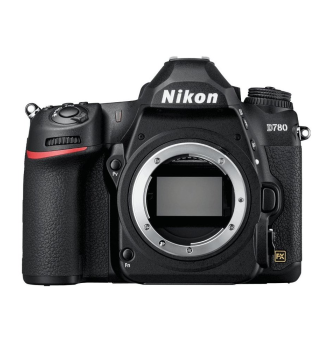 Recenze Nikon D780