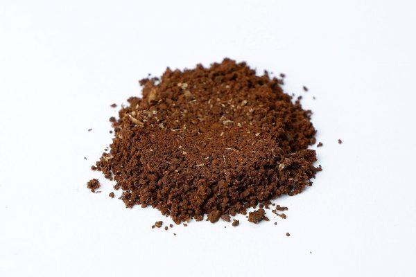 Káva po 15 s mletí