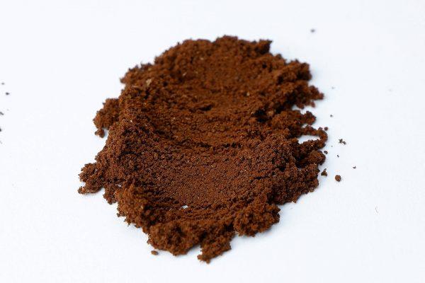 Káva po 45 s mletí