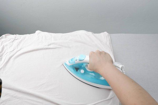 Žehlení trička